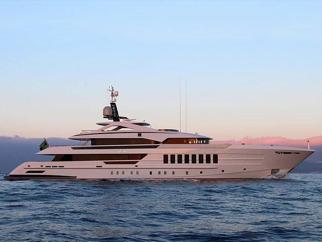 Searging yachts